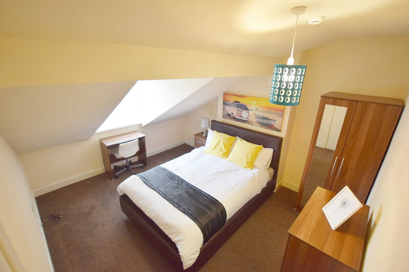 Double Room Available!! – Moseley – B12