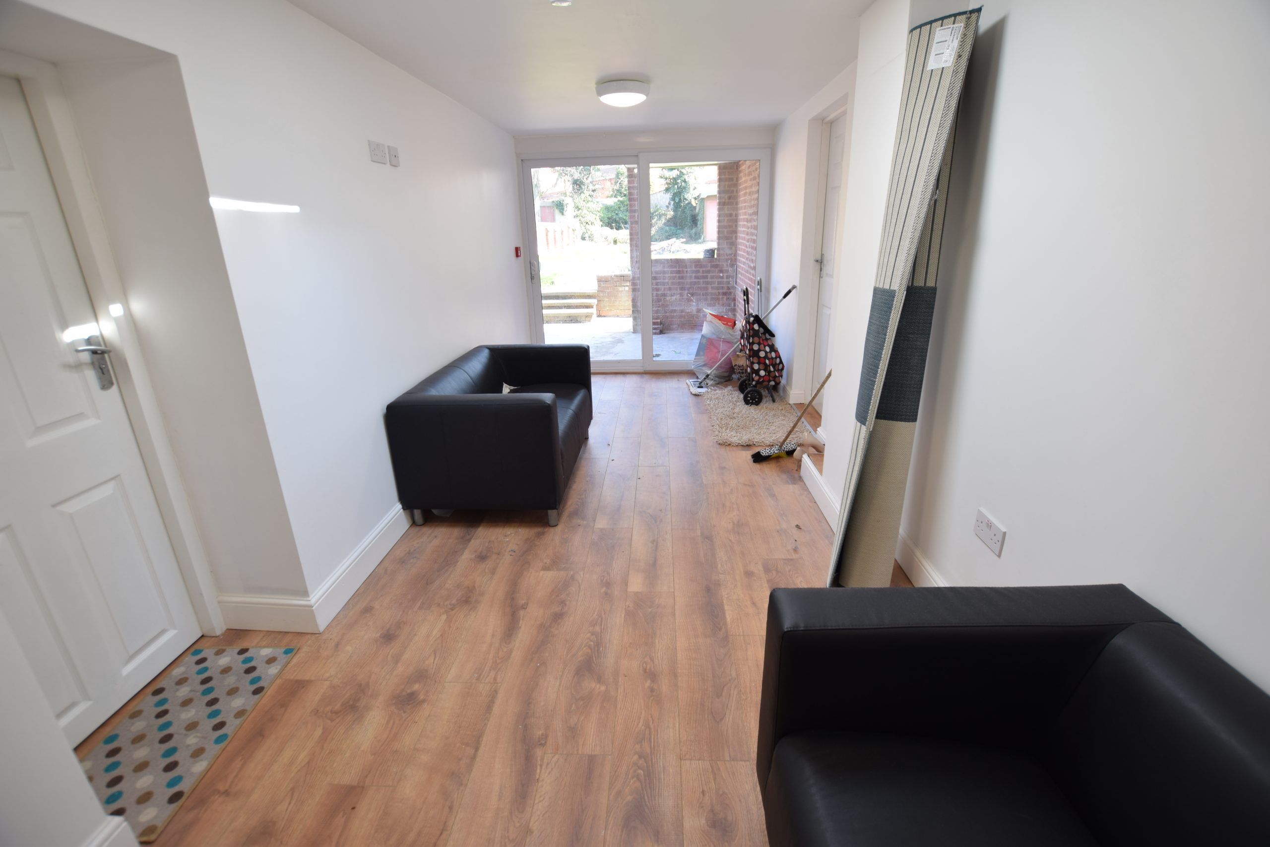 Luxurious rooms available in – B66